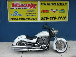 Victory Boardwalk 2013 Cruiser - Pearl White photo