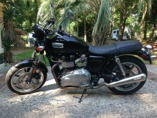 2009 Triumph Bonneville Motorcycle photo