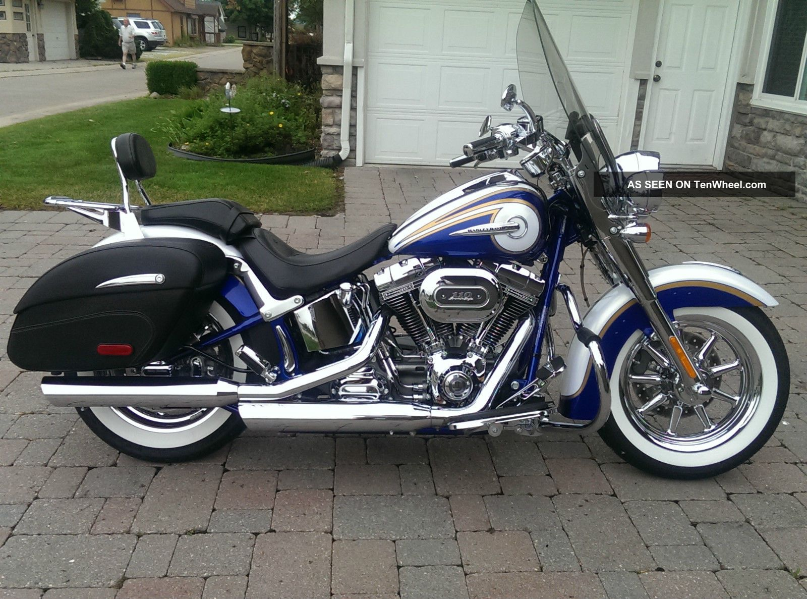 2014 Harley Davidson Cvo Softail Deluxe Motorcycle