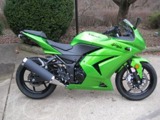 2012 Kawasaki Ninja 250r photo