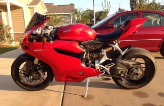 2013 Ducati Panigale Bike Abs Red photo