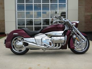 2004 Honda Valkyrie Rune Chrome Nrx 1800 photo