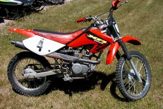 2002 Honda Xr100r Dirt Bike photo