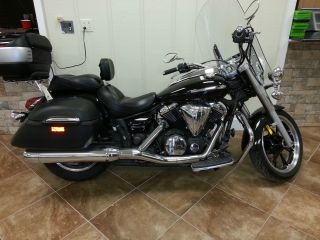 2010 Yamaha V Star 950 Tourer (black) photo