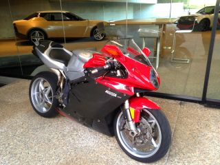 Mv Agusta F4 750 2002 Lots Of Carbon Fiber And Modifications Custom Monoposto photo