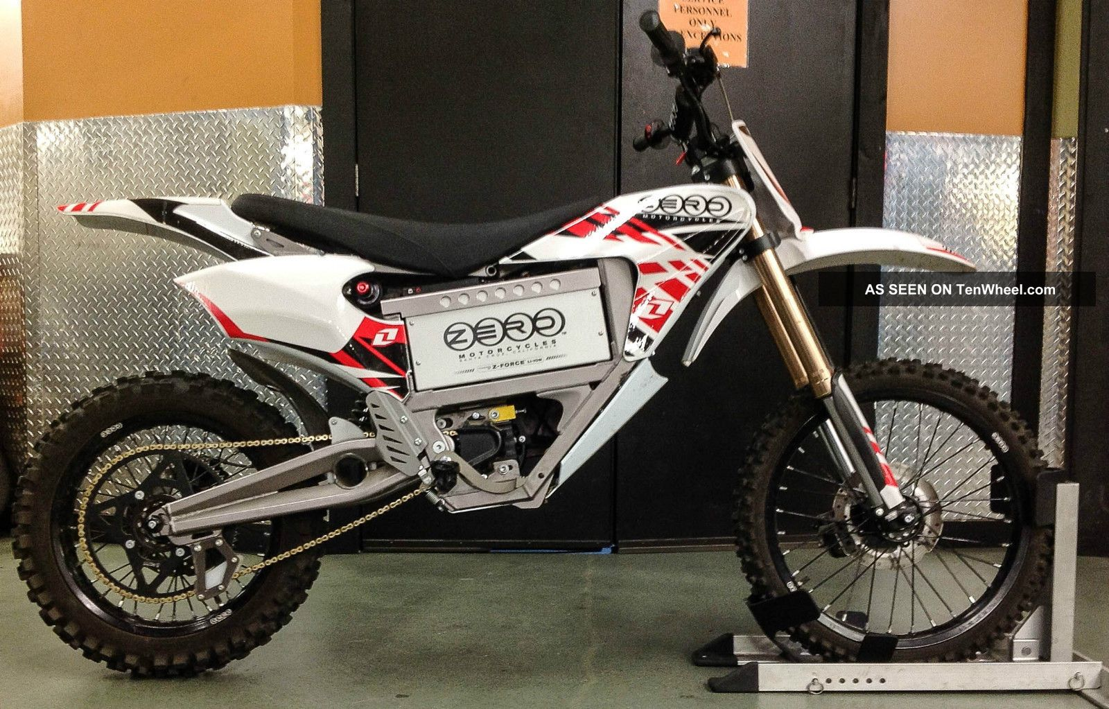 2011 Zero Mx Electric Off Road Motorcycle With Factory Battery Other Makes photo