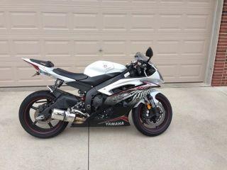 2012 Yamaha R6 photo