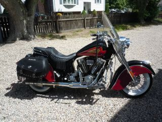 2003 Indian Chief Roadmaster photo