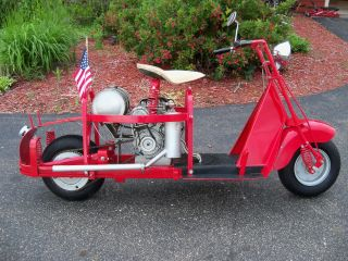 1948 Cushman Motor Scooter Military photo