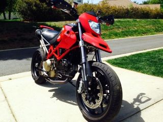 2008 Ducati Hypermotard 1100,  Carbon Package. photo
