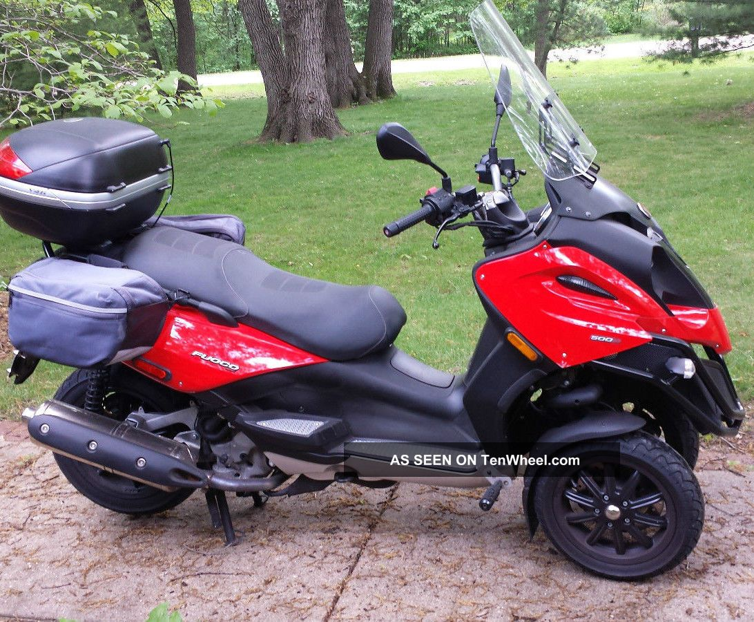2010 Piaggio Mp3 500cc Scooter / Motorcycle Other Makes photo