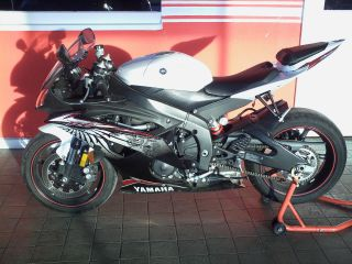 2012 Yamaha R6 photo