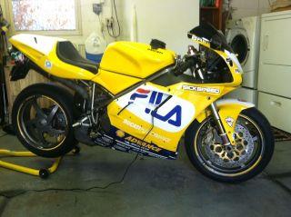 2000 Ducati 748 photo