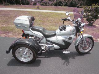 2009 Cf Moto Trike 250 photo