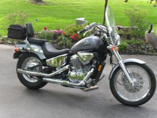 2004 Honda Shadow Vlx 600 photo