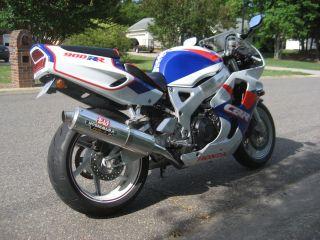 1993 Honda Cbr 900 Rr (red,  White And Blue) photo