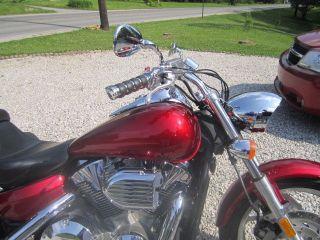 2004 Vtx 1300c photo