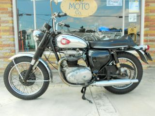 1968 Bsa Thunderbolt 650 photo