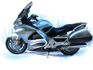 2007 Honda St1300 photo