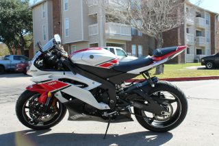 2012 Yamaha R6 50th Anniversary Gp Edition photo
