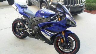 2008 Yamaha R1 (not Suzuki,  Cbr,  Kawasaki,  Zx10,  Ducati) photo