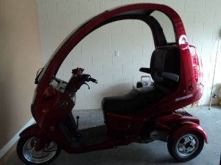 2012 Auto Moto 3 Wheel Scooter. photo