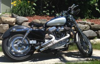 2005 Harley Sportster 883 Custom photo