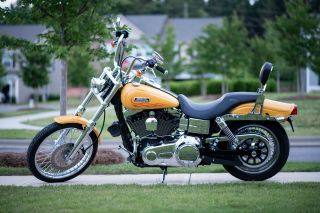 2007 Harley Davidson Dyna Wide Glide Pearl Yellow V&h Pipes photo