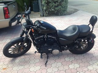 2010 Harley Davidson 883 Iron Sportster photo