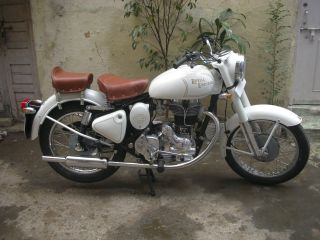Royal Enfield 1976 Model 350cc photo