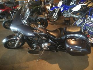 2014 Yamaha Vstar 1300 Deluxe Discounted Blow Out 1 Left photo