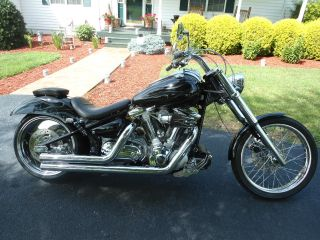 2002 Custom Yamaha V Star 1600 photo