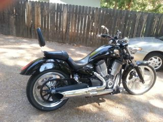 Victory ' S 2006 Vegas 8 - Ball,  Black,  Condition,  Fast,  Bike Low Mi photo