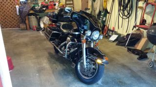2003 Harley Electra Glide Classic Anniversary - Black - Condition photo