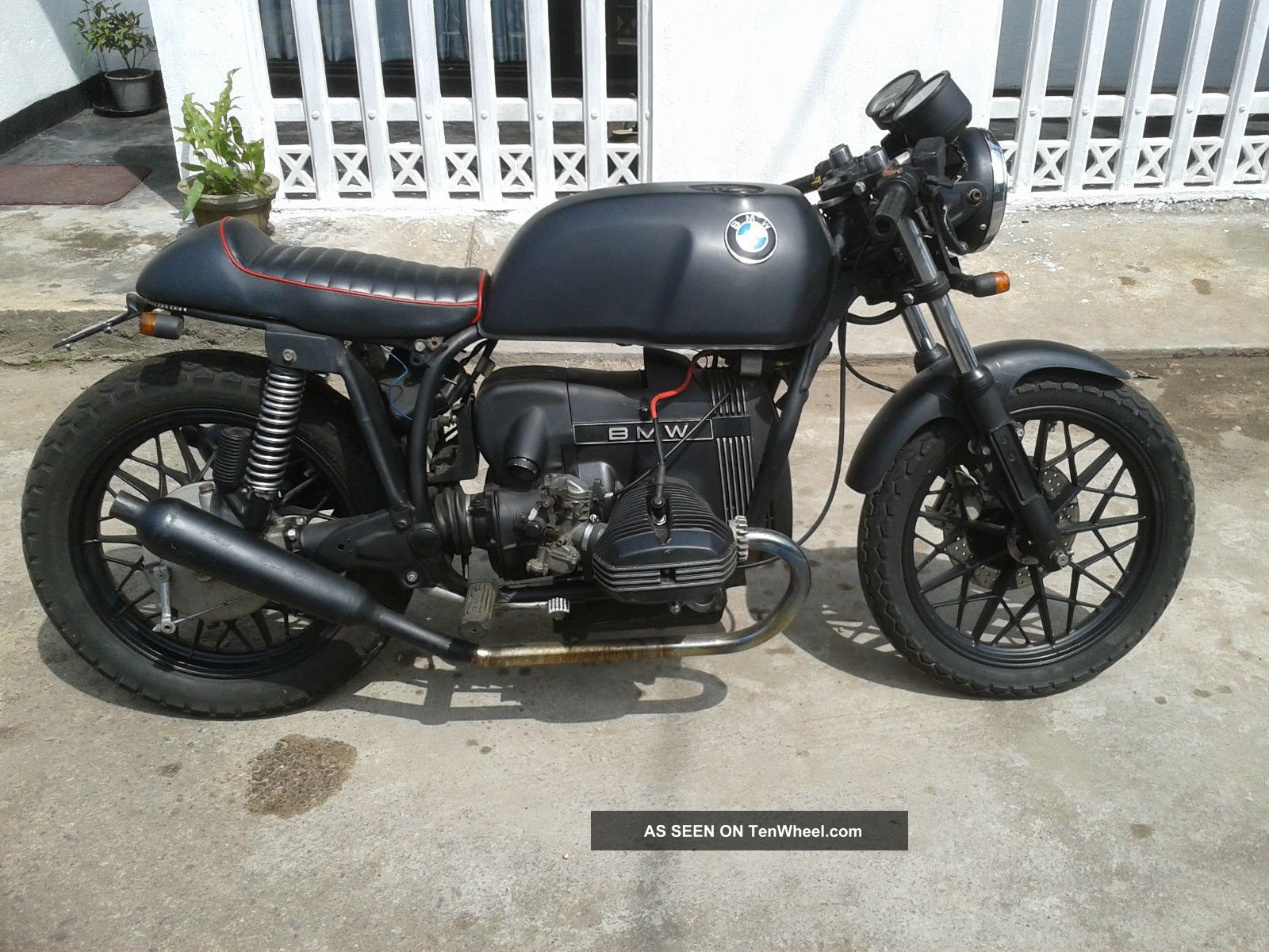 1974 bmw r45 cafe racer 500cc triumph bsa norton ducati. Black Bedroom Furniture Sets. Home Design Ideas