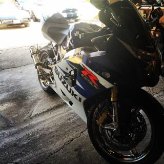2004 Suzuki Gsxr 750 photo