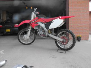 2005 Cr 125 R Honda Dirtbike photo