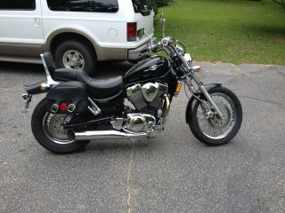 2005 Suzuki Boulevard Garage Kept photo