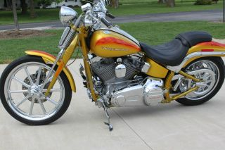2007harley - Davidson Cvo Fxstsse Screamin Eagle Softail Springer photo