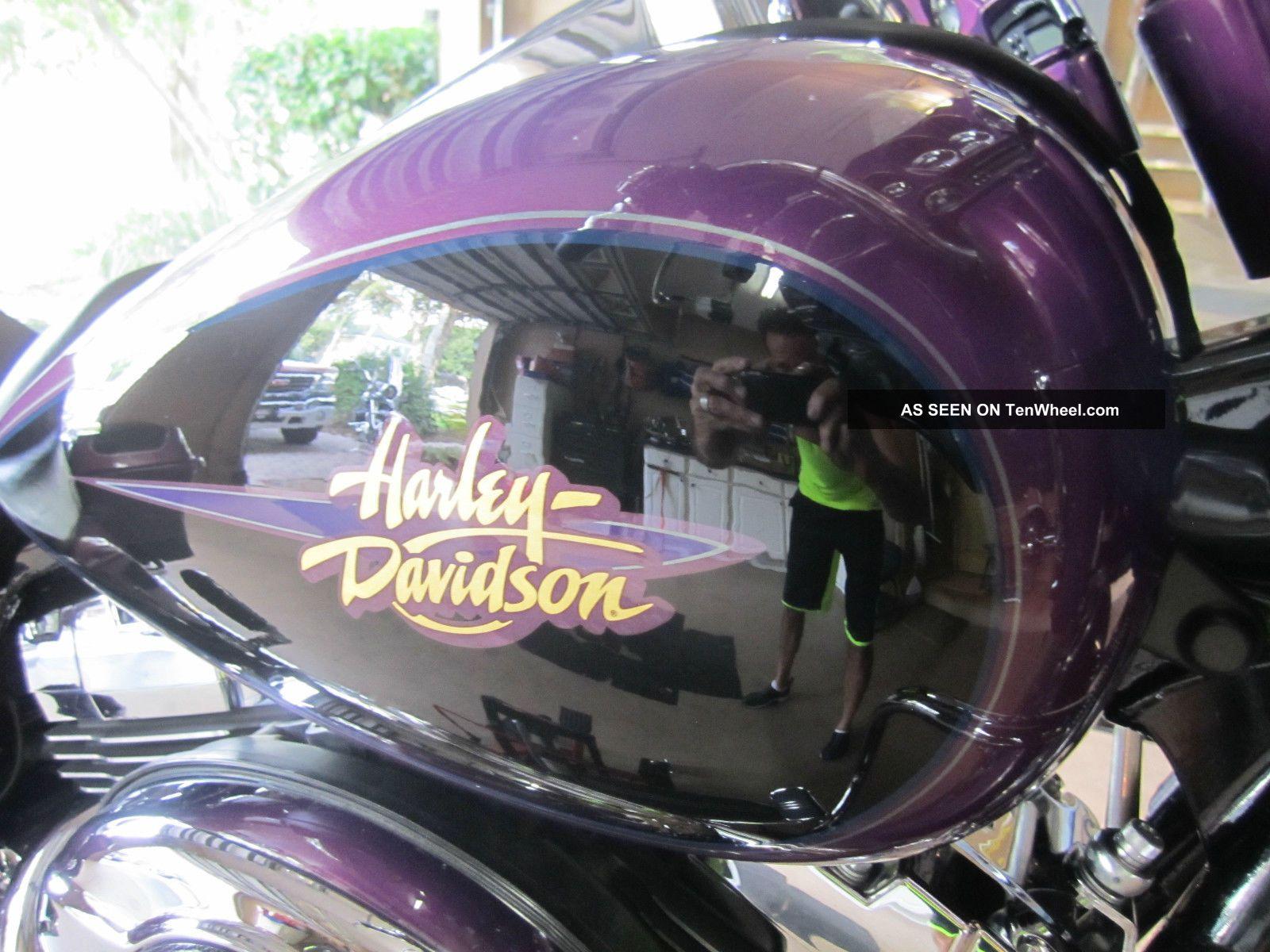 2011 Harley - Davidson Flhx Street Glide Special Ordered H