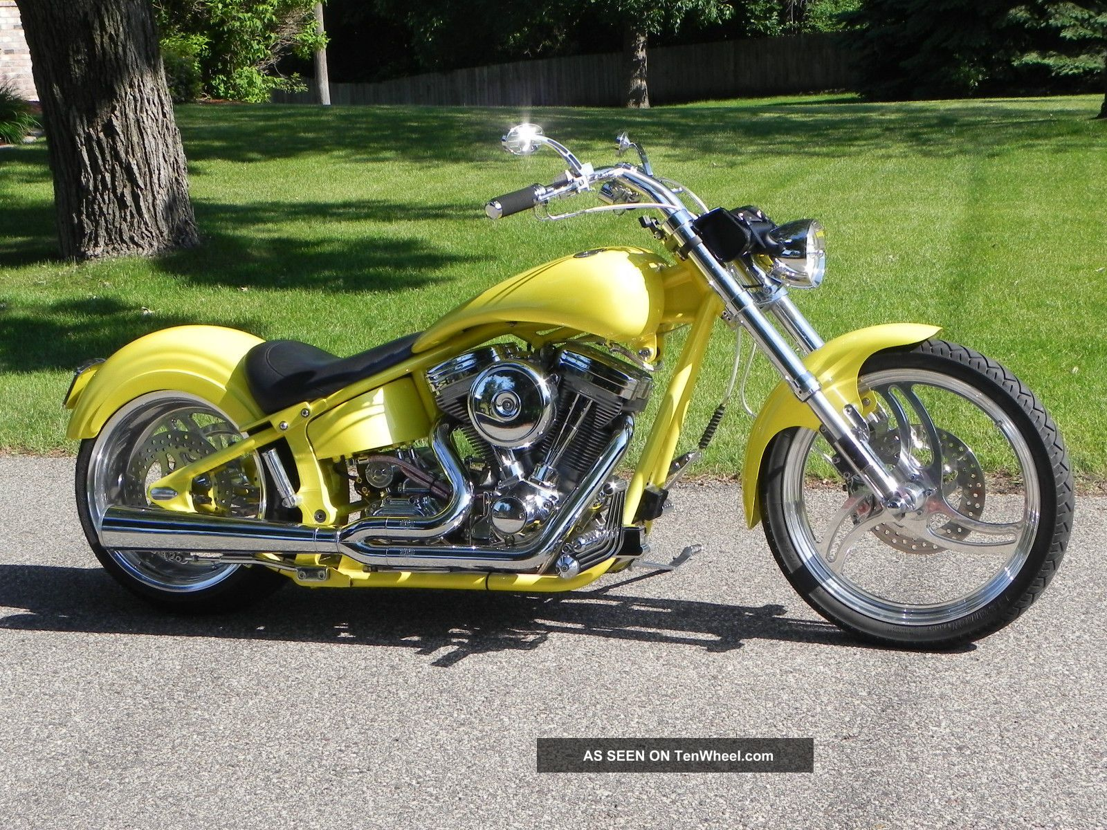 2001 Rolling Thunder D.  O.  T.  Pro Street Softail. . Other Makes photo