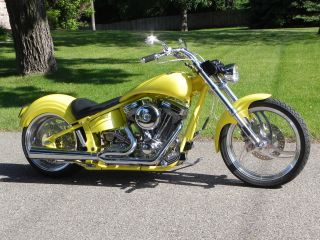 2001 Rolling Thunder D.  O.  T.  Pro Street Softail. . photo