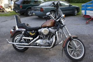 Classic 1989 Harley Davidson Xlh883 Motorcycle Is In Search Of A Home photo