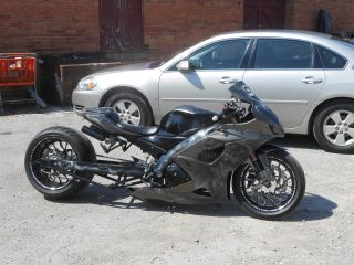 2005 Suzuki Gsxr 1000 Stretched With 300 Tire (need Gone) photo