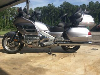 2009 Honda Goldwing Premium Audio photo
