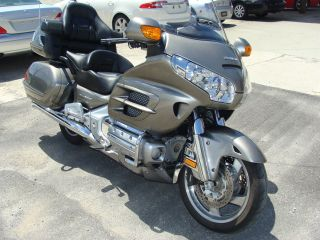 2008 Honda Goldwing With,  Airbag,  And Abs Vin 1hfsc47m68a704506 photo