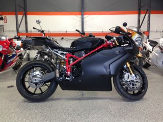 2003 Ducati 999r With 999 Frame photo