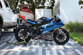 Yamaha R6 - Trackbike / Racebike - 2006 - Ohlins,  Graves,  Vortex photo