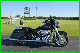 2010 Harley - Davidson® Touring Street Glide™ photo