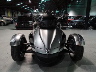 2013 Can - Am Spyder Rs photo